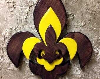 PCSTFDL1 Handcrafted Pine Tri Layered Wooden Fleur De Lis