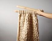 """DIY kit. Blanket 25""""x30""""  (65x75 cm) 2 inch stitch. Giant knit."""