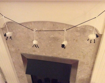 Felted sheep bunting