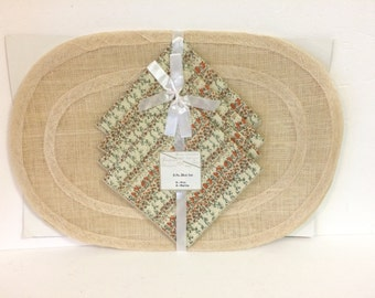Vintage 1960's Beautiful Home Creations by Vickie Placemats and Napkins Set