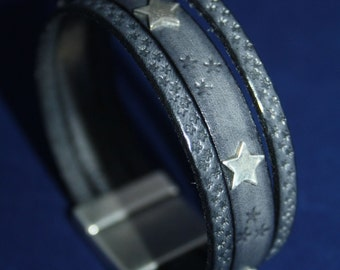 Leather bracelet with silver 935 stars