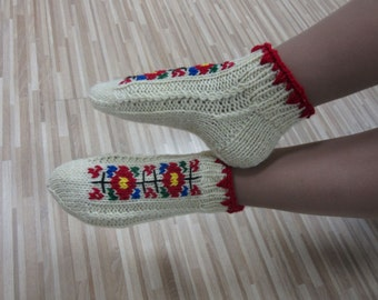 Women Slippers, Wool Slippers, Embroidered Slippers, Teen slippers, Home shoes, Knitted Slippers, House Shoes, Socks With Embroidery