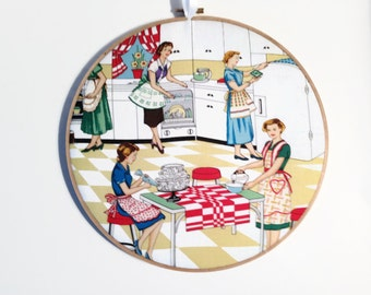 50's Housewife,  Kitschy Wall Decor, Retro 50;s Kitchen, Gag Gift,  Kitchen Decor, fiber arts, home decor hoop art wall decor cupcake Mom