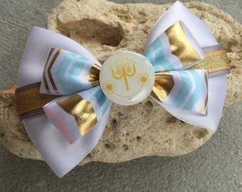 Its a small world inspired hairbow