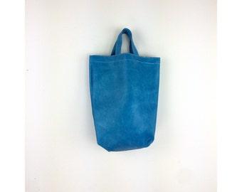 Vintage Tote, Tote Bag Pleather Sky Blue Top Handle Tote, Vintage Vinyl 1978 SS 16 || Sz OS