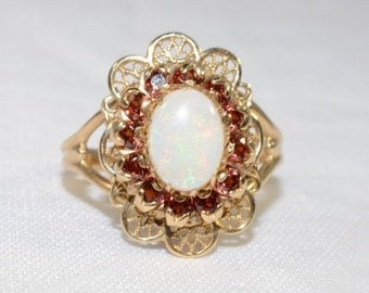 Vintage Victorian Style 10k Yellow Gold Lace and Opal Ring Size 7