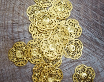 Gothic Small Round Stampings ~6 pieces #100466