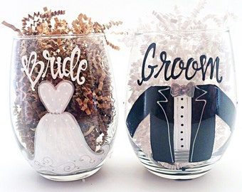Bride Groom Glass Set / Painted Stemless Wine / Wedding Bridal Party / Bachelorette / Custom / Personalized / audrastyle