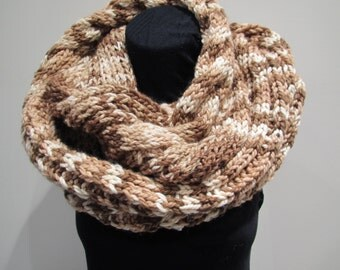 Scarf in brown color
