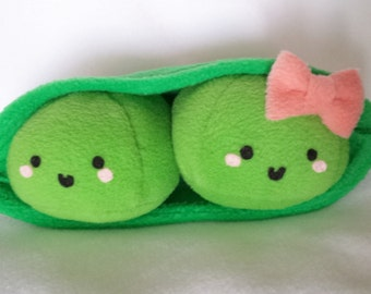 Kawaii Custom Happy Peas in a Pod Plush Edamame Set