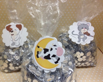 Hey Diddle Diddle, Mother Goose Party Favor or Candy Bags with Tags - Set of 10