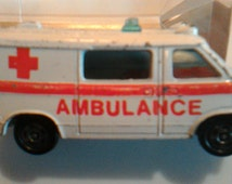 Vintage 1977 Tomica Pocket Car Chevrolet ChevyVan Ambulance #F22