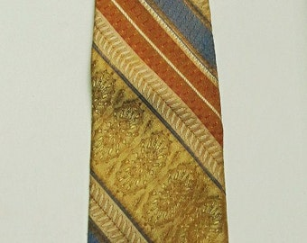A Men's Vintage 60's,Striped Gold MAD MEN era CLIP On Tie By Towncraft.3