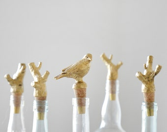 Bird. Bottle stopper