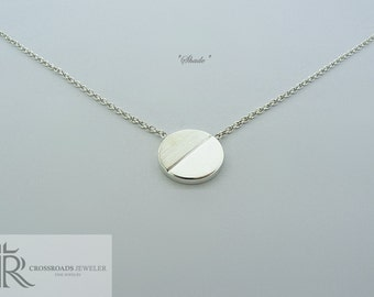 "round necklace - ""shade"""