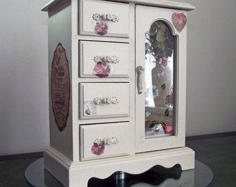 Paris design Jewelry Box