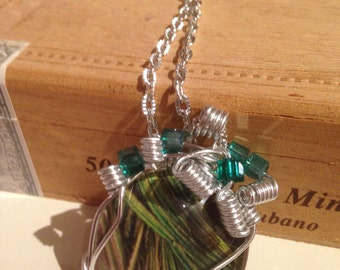 paper necklace with crystals and glass