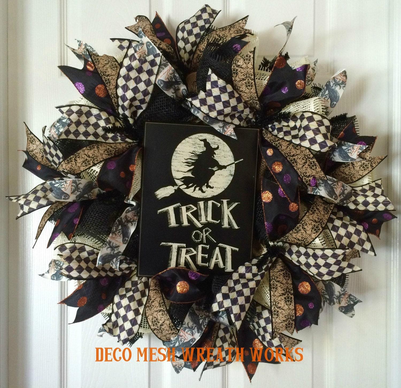 Halloween Wreath Halloween Wreaths Trick Or Treat Wreath