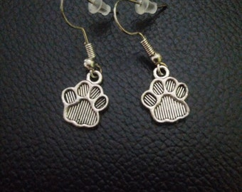 dog paw prints silver earrings-dog lovers-dog paw earrings-silver paw print jewelry-paw print jewelry