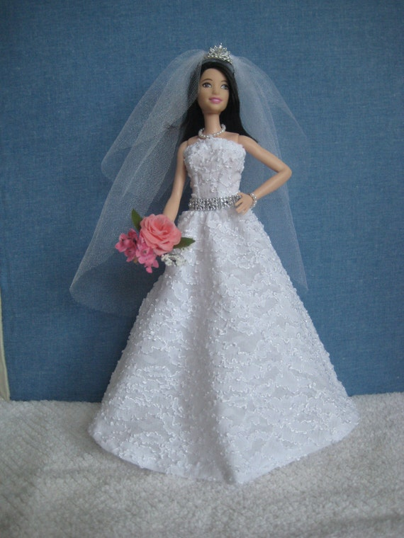 Barbie doll clothes white wedding dress veil silver for Wedding dresses with pearls and diamonds