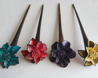 Very Cute Single-Prong Hair Stick With Handmade Leather Flower Top