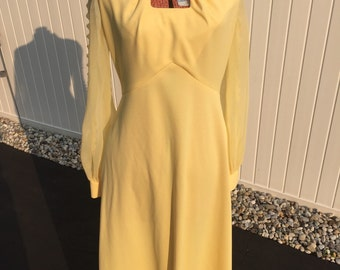 vintage yellow Miss Rubette evening gown dress with rhinestone collar and sheer sleeves size 10