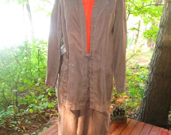 Vintage 100% linen pantsuit from Nordstrom. Medium neutral brown with endless possibilities. Size Medium.Like new.