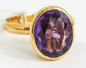 Modern cane Mineralife in yellow gold and synthetic alexandrite
