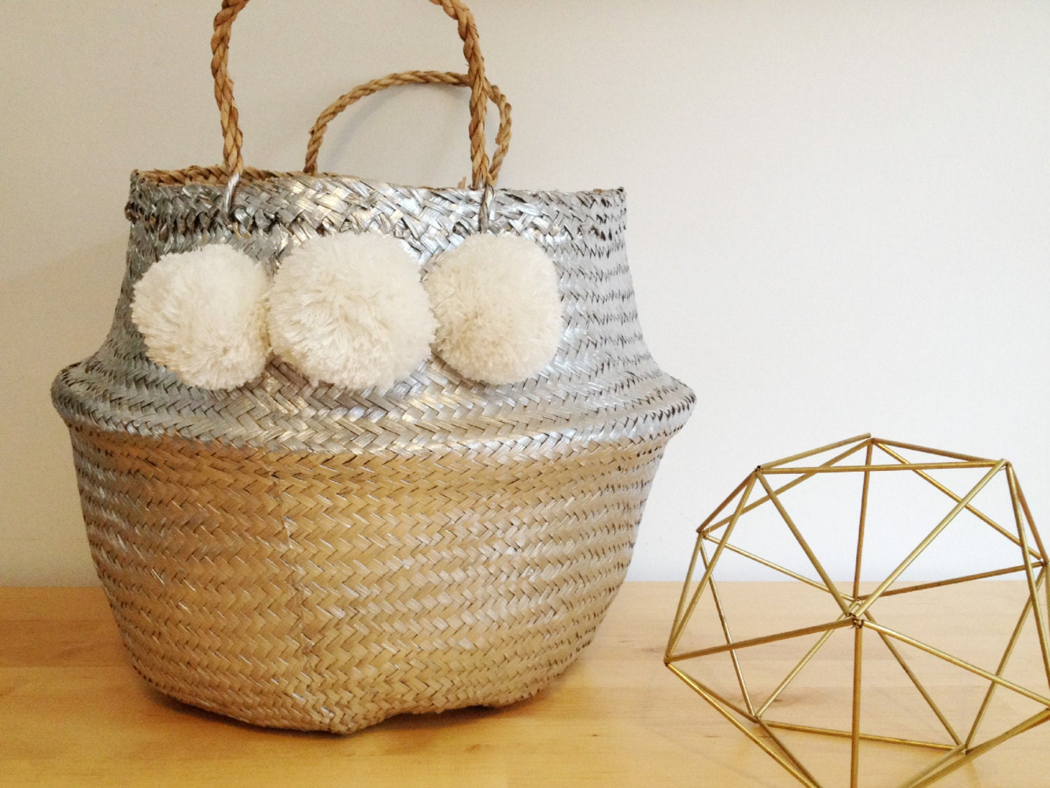 pom pom silver white seagrass belly basket panier boule. Black Bedroom Furniture Sets. Home Design Ideas