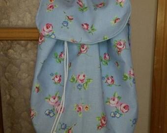 Blue rosebud children's backpack.