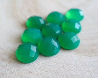 20pcs wholesale lot of 12 mm round green calcydony cab faceted