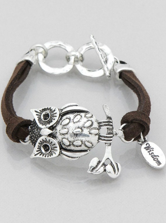 Owl Bracelet with Suede cord in Silver tone