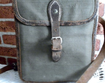 Vintage Military Waxed Canvas Comander Bag with Leather Straps