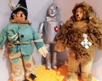 Wizard of Oz - Dolls Lion Scarecrow Tin Man Wizard of Oz Collectible