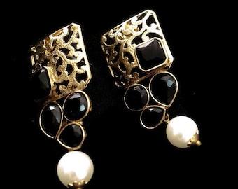 Indian earrings Bollywood earrings Indian Jewelry Pearl Earring Bollywood Jewelry Stud earrings Golden Earrings