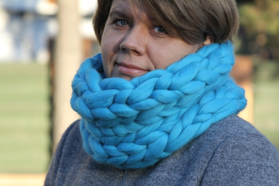 Super Chunky infinity scarf, knitted scarf, cowl, snood, chunky scarves, scarf, knit scarf, chunky cowl, Circle Scarf, Gift for her, Wool