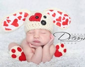 Puppy love Hat Newborn and and Paws booties slippers  - valentines photo prop  - Newborn boy hat - infant --boy clothes - baby boy  clothes