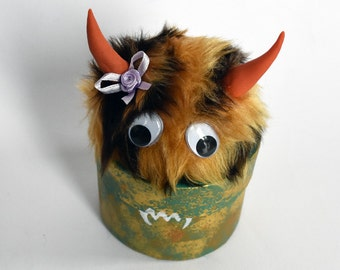 Zigbold the furry monster trinket/jewelry box