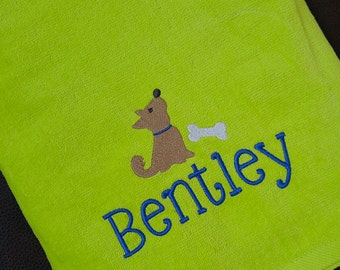 PERSONALIZED DOG TOWEL ~ Gift / Doggy Daycare / Dog Groomers / Pet Bed / Dog Kennel / Boarding / Traveling / Drying ~ Choose Font & Colors