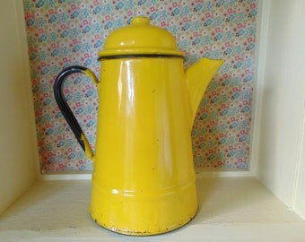 Vintage Enamel Teapot - Canary Yellow - Rustic Kitchenware - Made in Poland - Cottage Kitchen