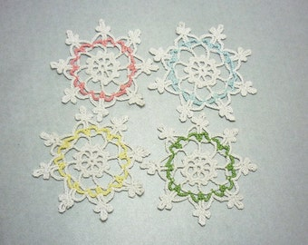 Snowflake ornaments, Set of 4, Lace snowflakes, Christmas Snowflakes, Christmas tree decor, Crochet home decor, Christmas gift decor