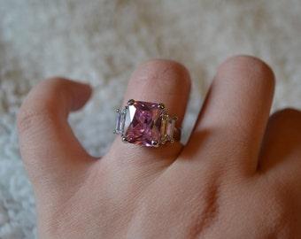 Beautiful pink and diamond ring