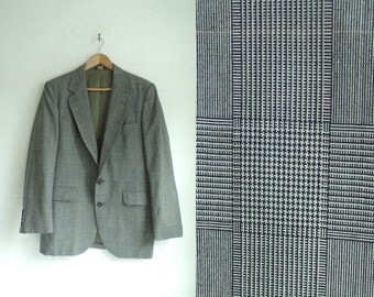 35%offJuly17-20 80s plaid blazer size 40R, lighweight wool blend, black gray 1980s blazer, mens blazer, mens sports coat, mens jacket, man