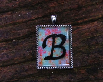 Personalized Vintage Floral Pendent