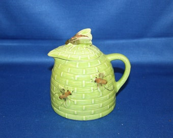Vintage Hand Painted Ceramic Beehive Honey / Syrup Pitcher with Lid circa 1960