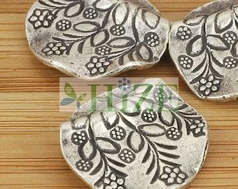 HIZE SB169 Thai Karen Hill Tribe Silver Flower Wavy Disc Coin Beads 17mm (4)