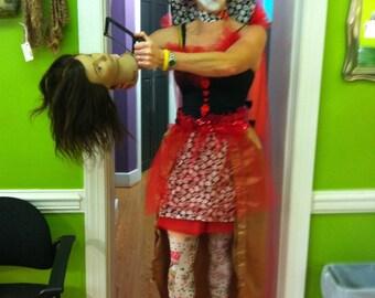Halloween - queen of hearts costume