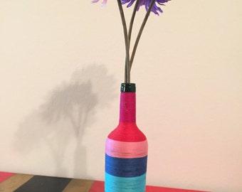 Colorful thread vase