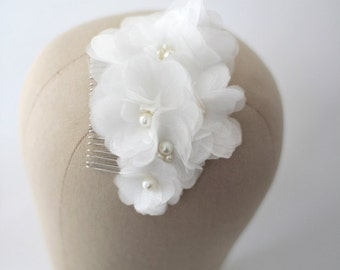 Organza flower bouquet hair comb, bridal hairpin , bridal flowers, bridal accessories