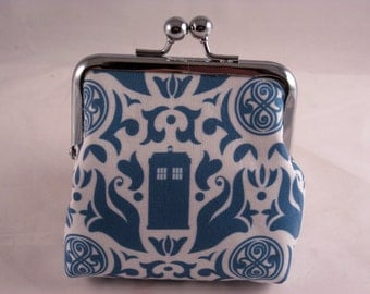 """4"""" coin clutch Dr. Who Damask Tardis"""